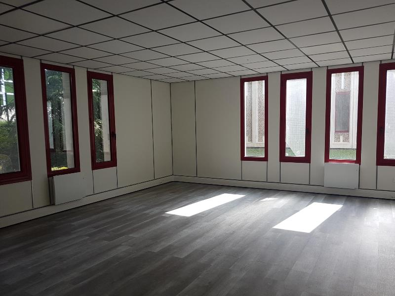 Location bureau de m² à les ulis rexime